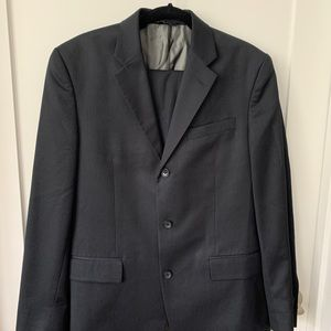 Make an offer! Banana Republic suit in navy blue